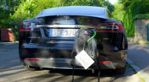 Das Elektroauto hat einen vermeindlich großen CO2-Rucksack auf.
