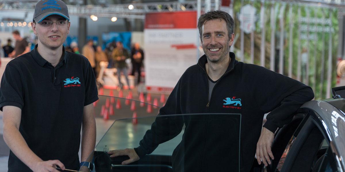 Vereinsmitglieder auf der iMobility (Bild: © Thomas Igler).