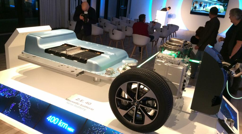 Querschnitt durch einen Antriebsstrang eines Elektroautos.